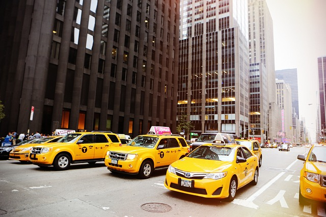 taxicabs-498436_640